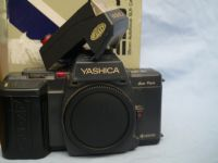 ' 230 NICE SET ' Yashica 230AF SLR Camera +Flash Boxed £19.99